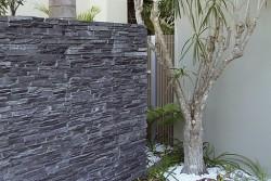 ograja dekorativni kamen