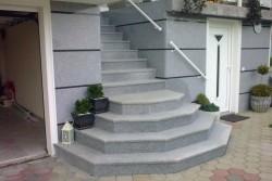 """zunanje stopnice granit """"impala fuoco"""""""